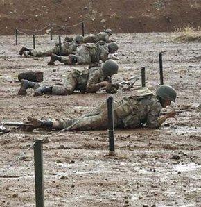 Türk Silahlı Kuvvetleri (TSK) 30 yıllık terörle mücadelede kayıp vermesinin ardında taktik değiştirdi. Gayrinizami harp tekniklerini ön planda tutan Genelkurmay Başkanlığı, Doğu ve Güneydoğu'da terör örgütü PKK'ya karşı savaş eğitimi alan uzman timleri gö